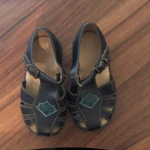 Gro Shu blue leather sandals size 24 months